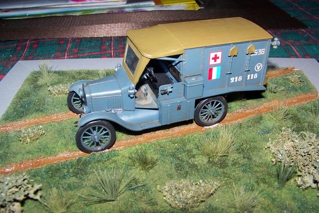Ford T Ambulance 1917 ICM 1/35 ( FINI & Rectifié) - Page 2 2834210