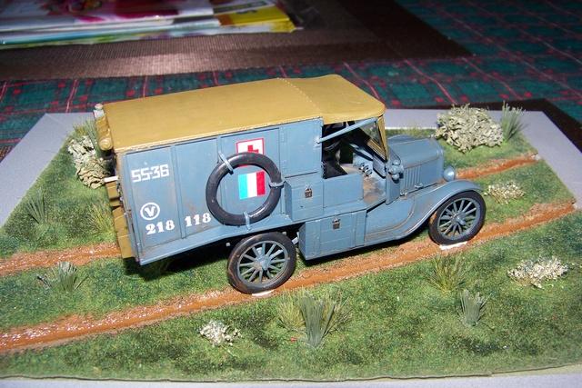 Ford T Ambulance 1917 ICM 1/35 ( FINI & Rectifié) - Page 2 2836210