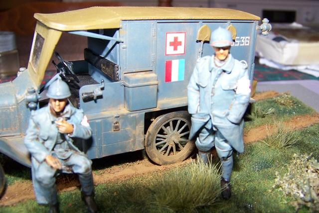 Ford T Ambulance 1917 ICM 1/35 ( FINI & Rectifié) - Page 3 2846010