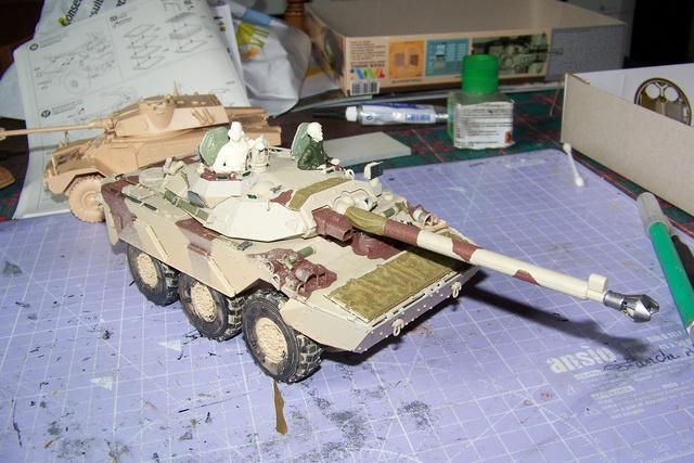 AMX 10 RC ,Direction Bagdad ! (Tiger models 1/35)Fini - Page 2 2929110