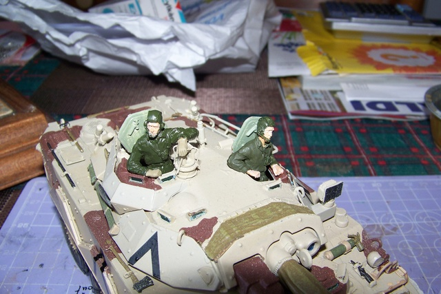 AMX 10 RC ,Direction Bagdad ! (Tiger models 1/35)Fini - Page 3 2941510