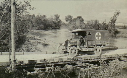 Ford T Ambulance 1917 ICM 1/35 ( FINI & Rectifié) - Page 2 8961710