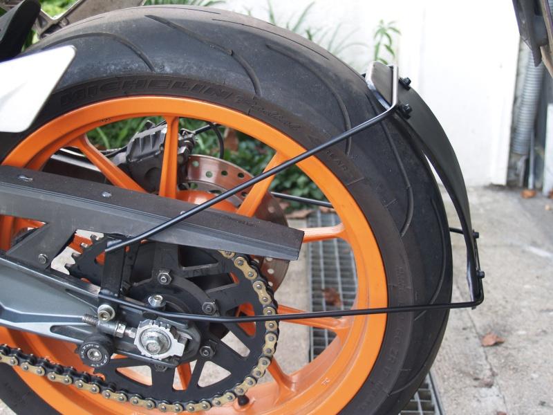 garde boue AR en ras de roue Duke - Page 2 Pc162110