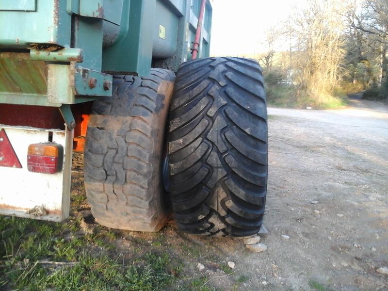 changement dimention de pneus sur ma benne Photo011