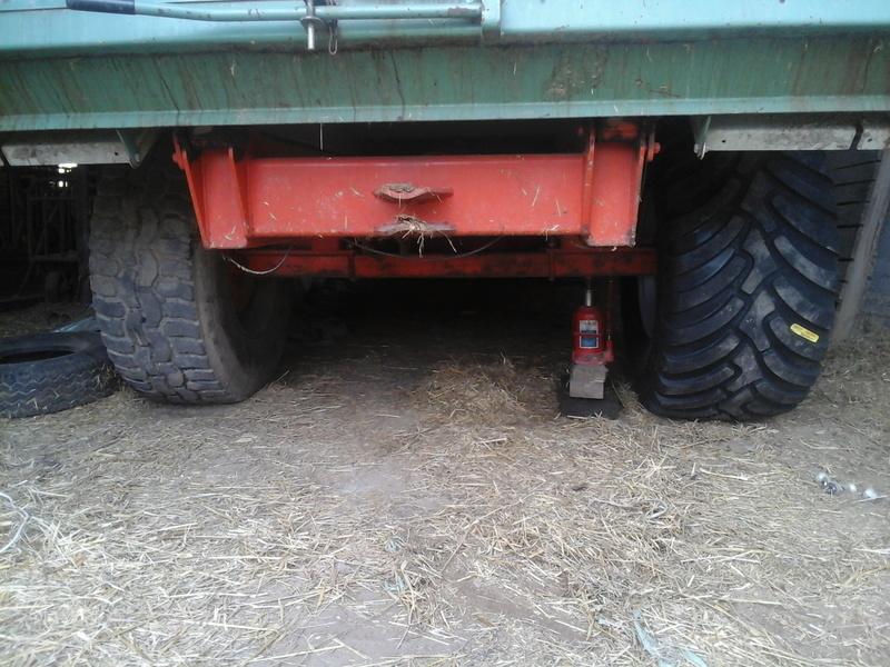 changement dimention de pneus sur ma benne Photo013