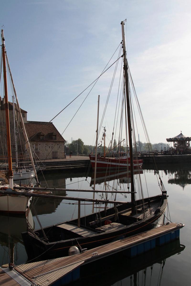 Le port de Honfleur - Page 3 Img_5627