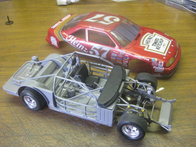 Pontiac GP NASCAR Hut_310