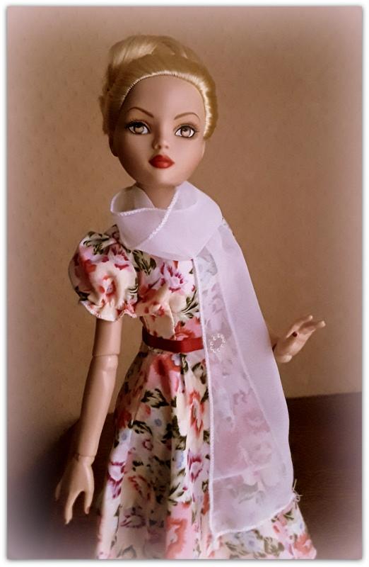 Mes poupées Ellowyne Wilde. De nouvelles photos postées régulièrement. - Page 23 20180359