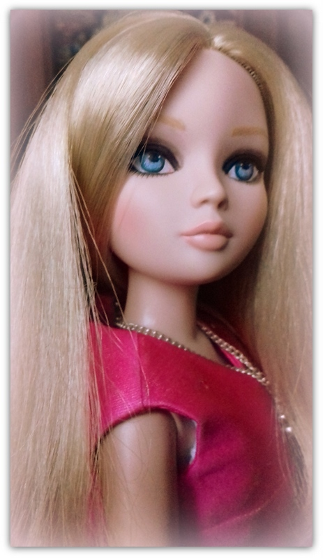 Mes poupées Ellowyne Wilde. De nouvelles photos postées régulièrement. - Page 23 20180369