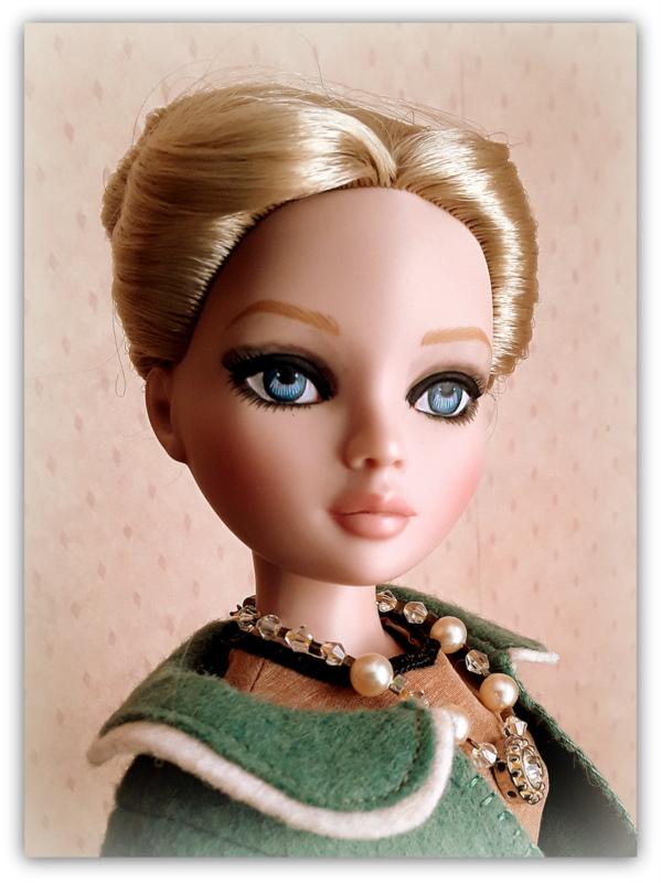 Mes poupées Ellowyne Wilde. De nouvelles photos postées régulièrement. - Page 23 20180393