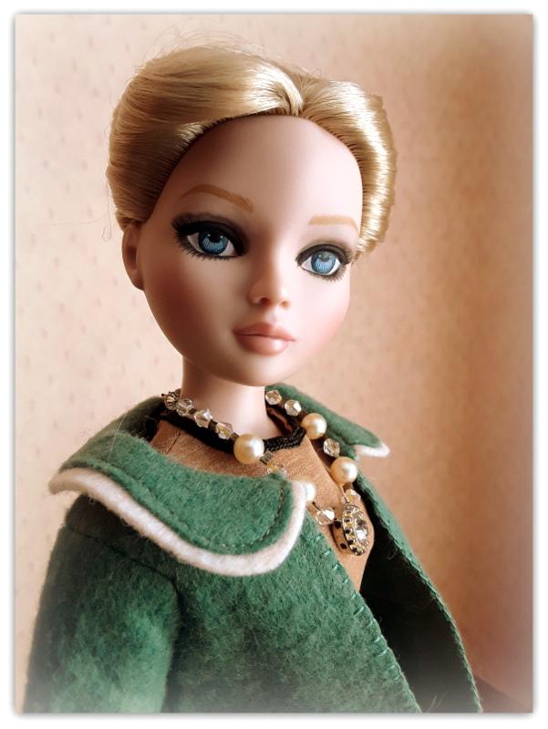 Mes poupées Ellowyne Wilde. De nouvelles photos postées régulièrement. - Page 23 20180399