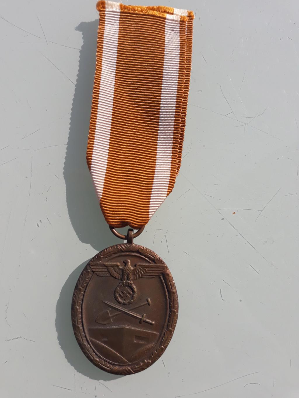 medaille mur de l'atlantique 04110