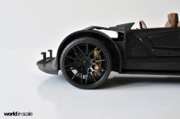 "Lamborghini Huracán ""Liberty Walk"" - 1/24 by Aoshima & Hobby Design 1015"