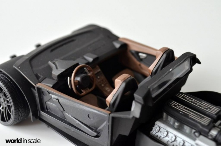 "Lamborghini Huracán ""Liberty Walk"" - 1/24 by Aoshima & Hobby Design 1213"