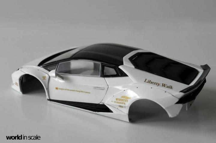 "Lamborghini Huracán ""Liberty Walk"" - 1/24 by Aoshima & Hobby Design 1513"