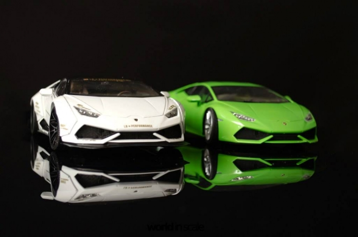 "Lamborghini Huracán ""Liberty Walk"" - 1/24 by Aoshina + Hobby Design 1711"