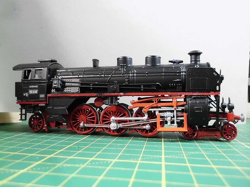 Revell 02168 - Baureihe 18.5 mit Langlauftender 1/87 - Fertig 296