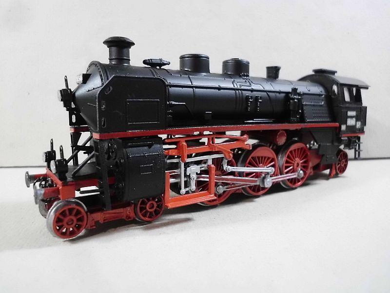 Revell 02168 - Baureihe 18.5 mit Langlauftender 1/87 - Fertig - Seite 2 556