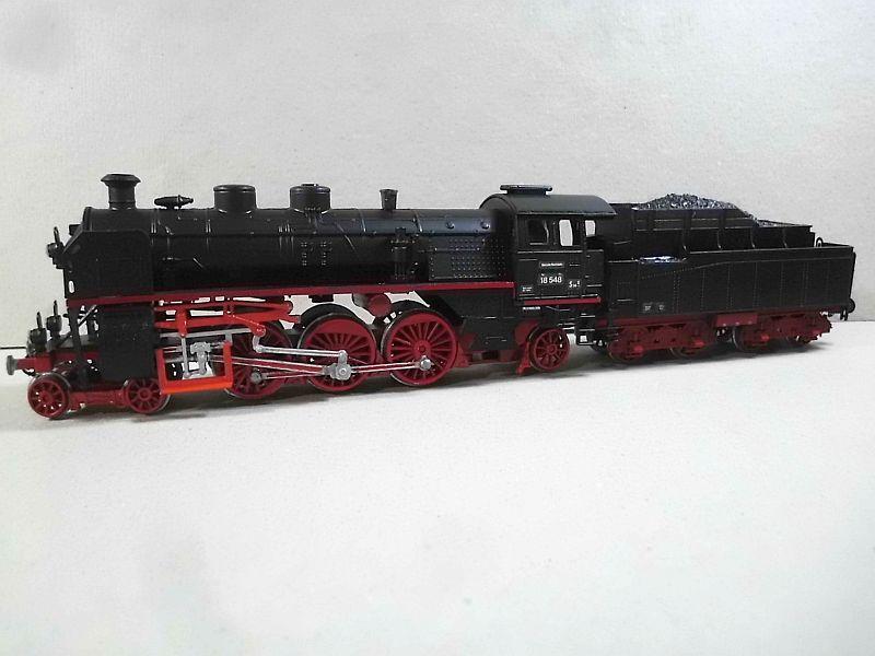 Revell 02168 - Baureihe 18.5 mit Langlauftender 1/87 - Fertig - Seite 2 745
