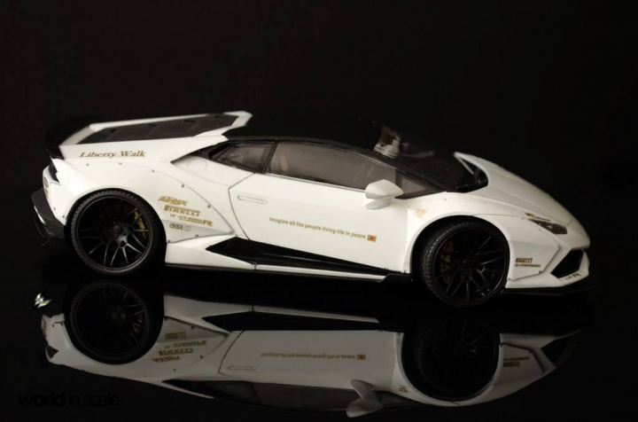 "Lamborghini Huracán ""Liberty Walk"" - 1/24 by Aoshina + Hobby Design 912"