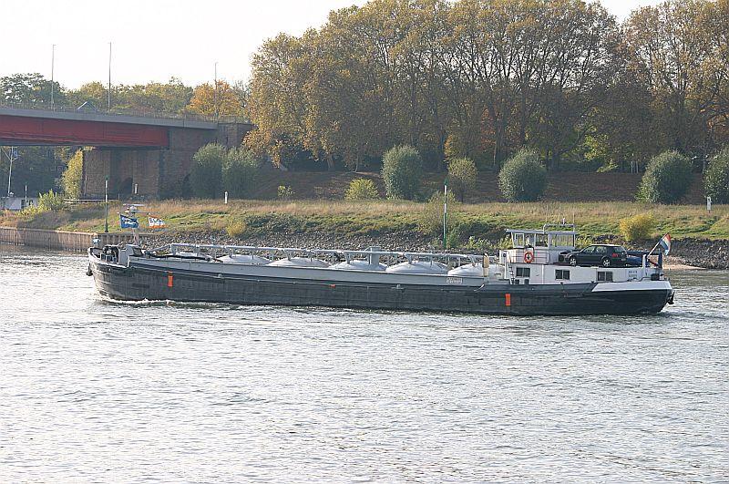 Kleiner Rheinbummel in Duisburg-Ruhrort und Umgebung - Sammelbeitrag - Seite 7 Img_8618