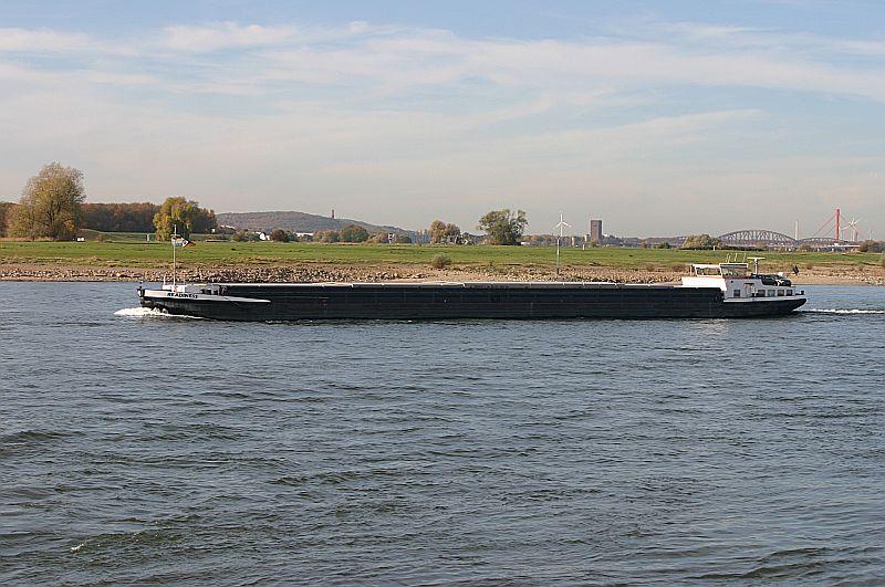 Kleiner Rheinbummel in Duisburg-Ruhrort und Umgebung - Sammelbeitrag - Seite 7 Img_8619