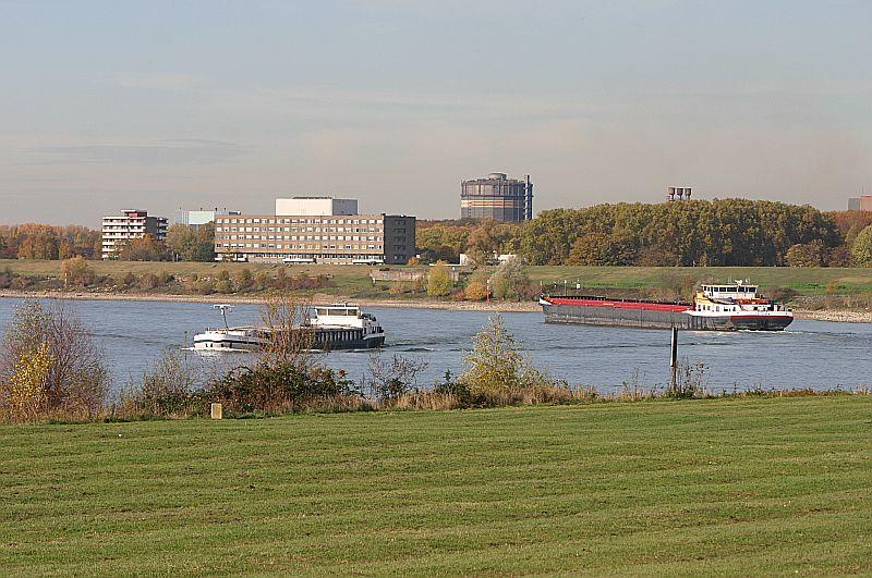 Kleiner Rheinbummel in Duisburg-Ruhrort und Umgebung - Sammelbeitrag - Seite 7 Img_8639