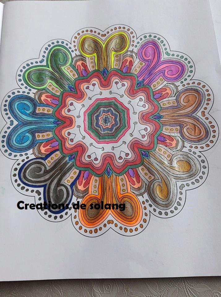 Dessin et coloriage anti-stress 22688413