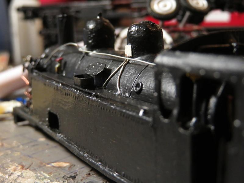 Locomotive 040 T 17 SACM - 1/87 - Base 040 TA 112 Jouef - Page 2 Img_2111