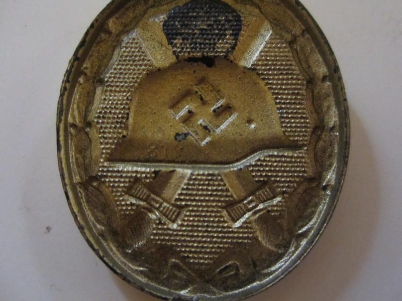 badge des blesse or marque 81 sans attaches Img_0124