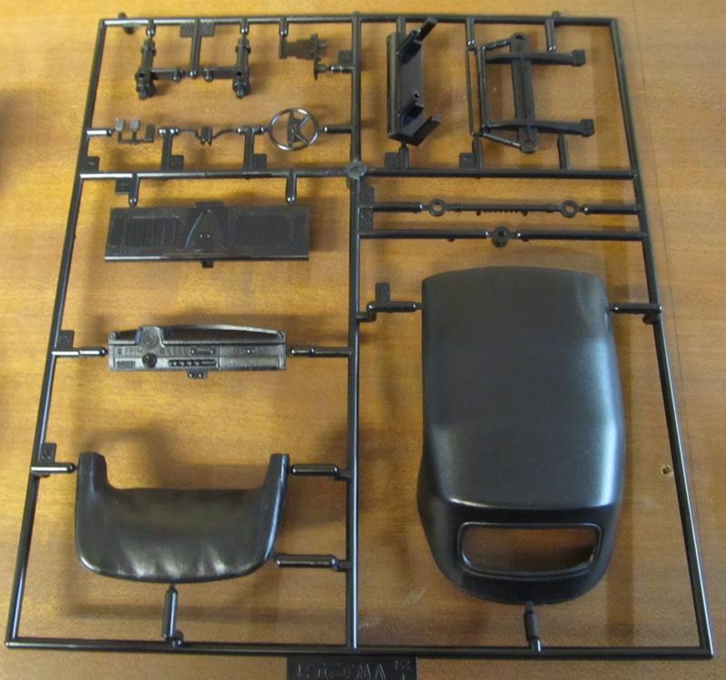 VW 1303 S Cabriolet / Aoshima 1 zu 24 Img_5435