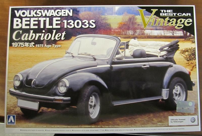 VW 1303 S Cabriolet / Aoshima 1 zu 24 Img_5436