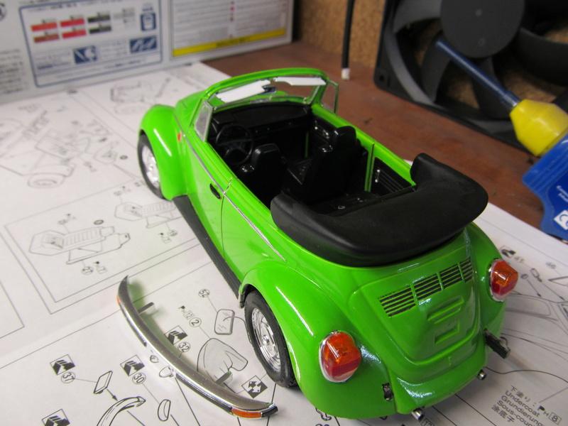 VW 1303 S Cabriolet / Aoshima 1 zu 24 Img_5442