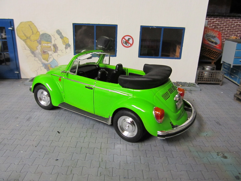 VW 1303 S Cabriolet / Aoshima 1 zu 24 Img_5452