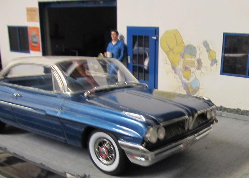 1961 Pontiac Catalina (Moebius 1 zu 25) Img_5473