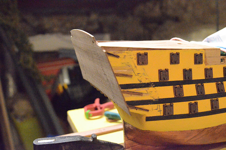 HMS Victory de Mantua au 1/98° - Page 7 Dsc_5310