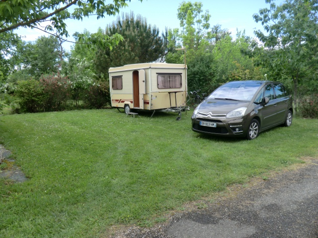 """Camping municipal de Montech (82) et le canal de la Gironde ( canal du """"midi"""") 34607010"""