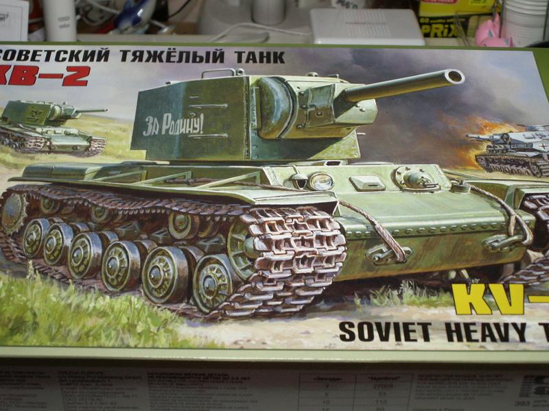 Gb épaves  deux chars russes le light tank t-26 et le lourd kv-2 de Zvezda au 1:35 Pict0918