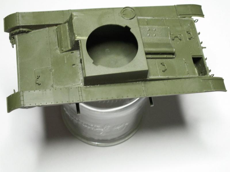 Gb épaves  deux chars russes le light tank t-26 et le lourd kv-2 de Zvezda au 1:35 Pict0923
