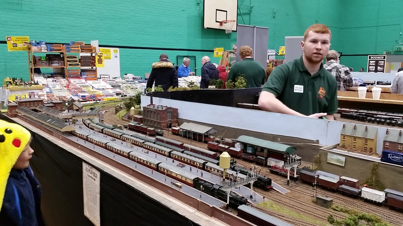 The Model Show - winter indoor swimming pool sailing - Poynton, Stockport 9,10th December 2017  20171217