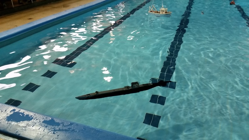 The Model Show - winter indoor swimming pool sailing - Poynton, Stockport 9,10th December 2017  20171220