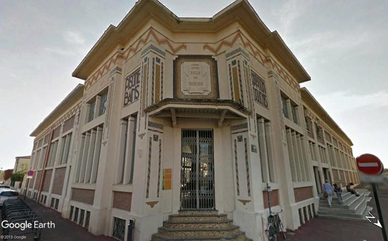 La piscine municipale de Bègles - Gironde - France Www189