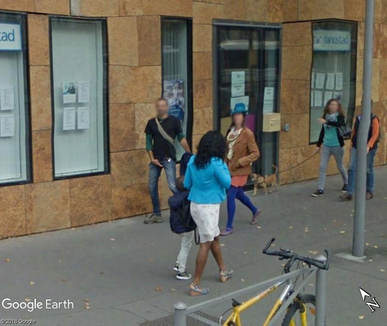 STREET VIEW : quand la Google Car attise l'obscénité - Page 2 Www195