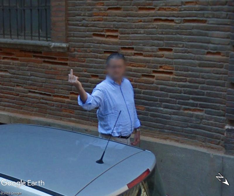 STREET VIEW : quand la Google Car attise l'obscénité - Page 3 Www206