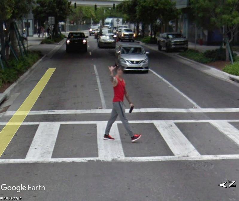 STREET VIEW : un coucou à la Google car  - Page 44 Www243