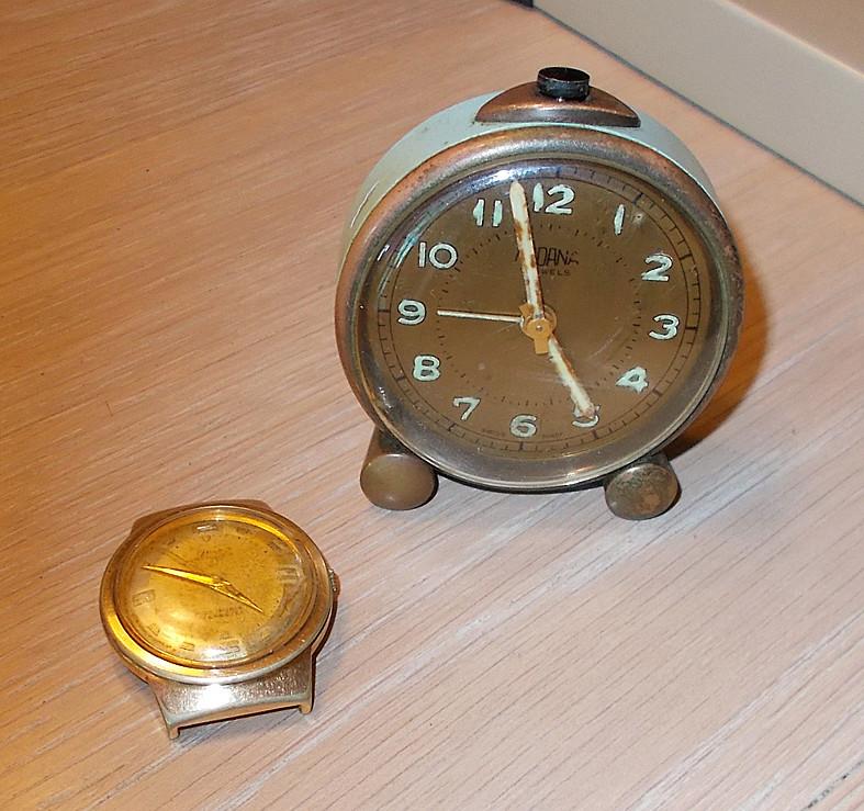 Un post qui référence les montres de brocante... tome IV - Page 18 Medana11