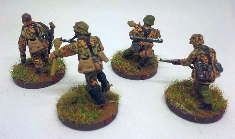 "[CDA] Whitewolf - 6è Brigade d'assaut ""Langemark"". - Page 2 Squad_23"