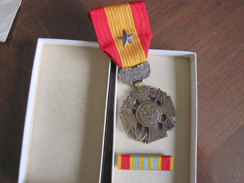 medaille asiatique 2210