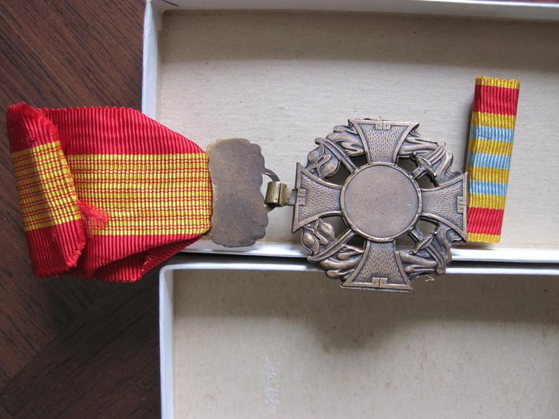 medaille asiatique 2310