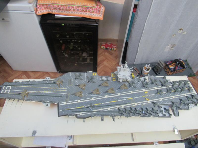 porte avions CNV-65 Enterprise au1/350 de TAMIYA Img_4638